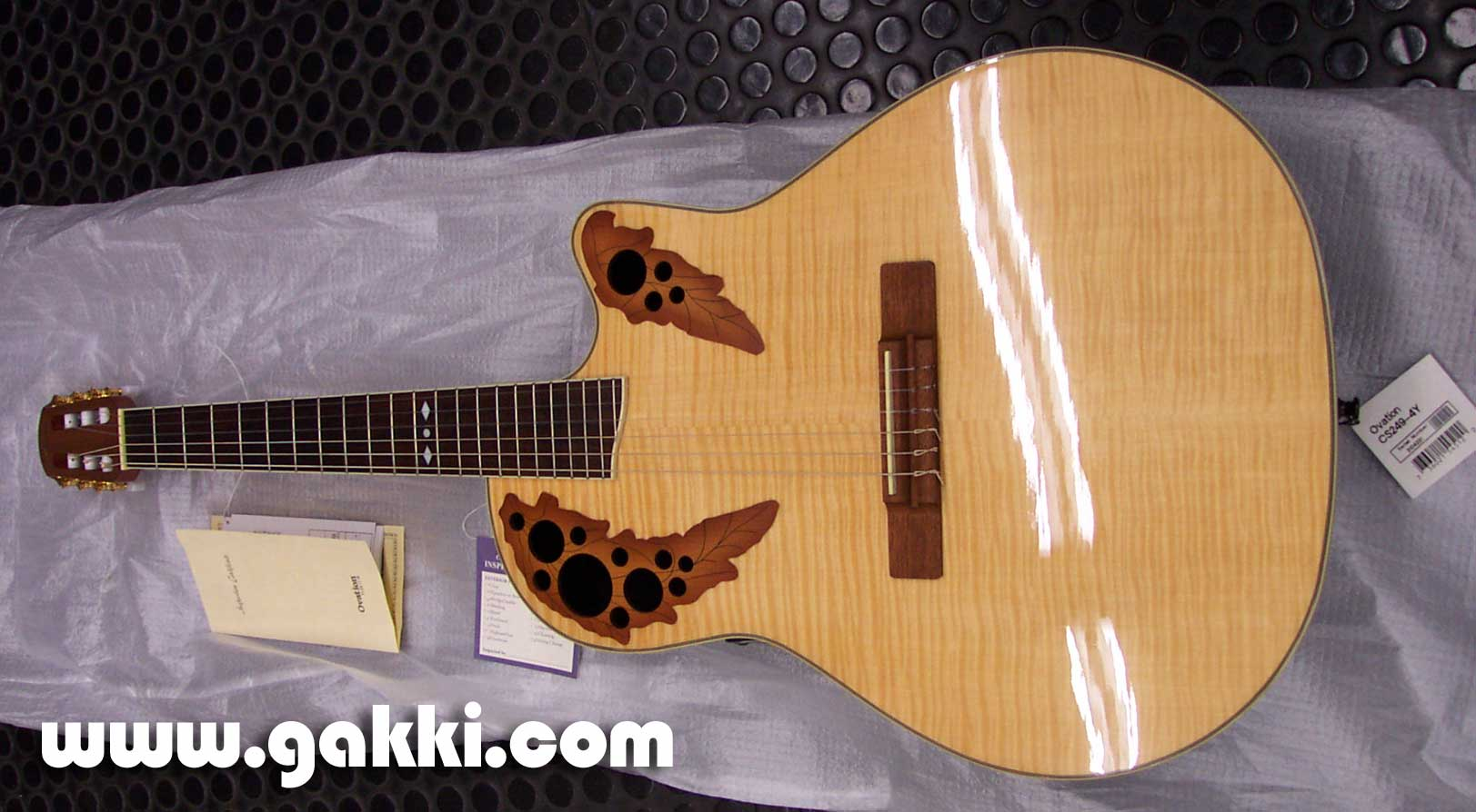 Ovation CS249-4Y